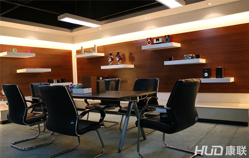 美加音响办公室装修设计小会议室实景图